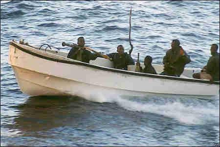 Lihatlah bagaimana ketika mereka beraksi, menggunakan perahu tradisional