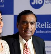 Yogesh Mehta: BUY Reliance and Tata Steel