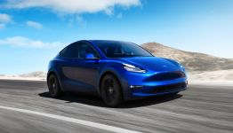 Tesla maintains its dominant position in U.S. all-electric car market
