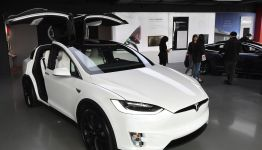 Tesla extends entry-Level Tesla Model 3/Y delivery time to February 2022