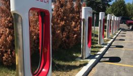 Retail Chain Wawa plans Tesla Superchargers at 30 stores within a year