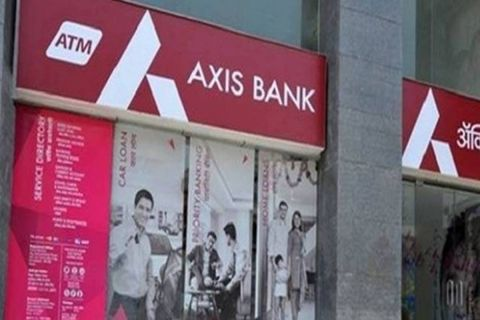 Mitesh Thakkar: BUY Hindalco, Axis Bank, Indraprastha Gas; SELL PowerGrid