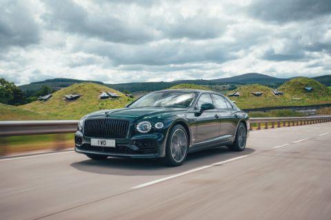 New Bentley Flying Spur PHEV Has 536 HP, 25-Mile Electric Range