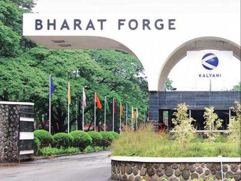 Sudarshan Sukhani: BUY Bharat Forge, Apollo Hospitals, Indraprastha Gas; SELL McDowell