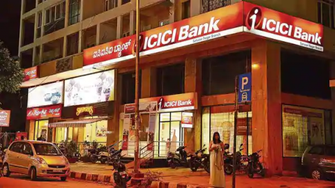 Mitesh Thakkar: BUY SBI, ICICI Bank, Shriram Transport; SELL Grasim Industries