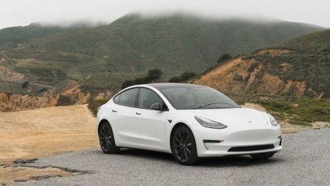 Tesla Model 3 Standard Range+ sells out for 2021 in U.S.