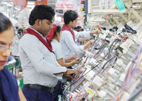 Mitesh Thakkar: SELL Nestle, Divis Labs; BUY Motherson Sumi and Cholamandalam Fi