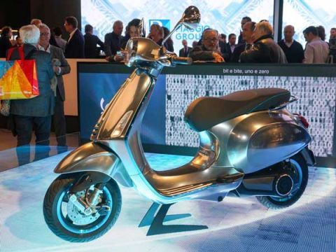 Piaggio Vehicles opens EV Experience Centre in Jaipur