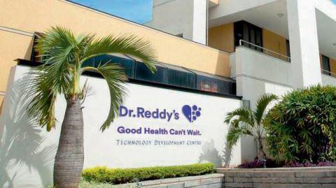 Sudarshan Sukhani: BUY PI Industries, Mphasis, Dr Reddy's; SELL Bajaj Auto