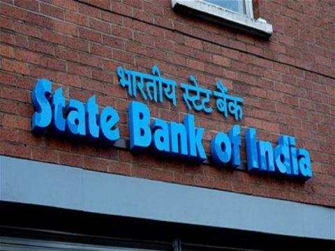 Ashwani Gujral: BUY Bajaj Finance, HDFC, Reliance Industries, SBI and Tata Steel