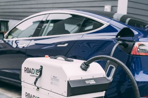 SparkCharge teams up with Urgently Partners to boost availability of mobile EV charging