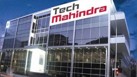 Mitesh Thakkar: BUY SAIL, Tech Mahindra, Aurobindo Pharma; SELL Mahanagar Gas