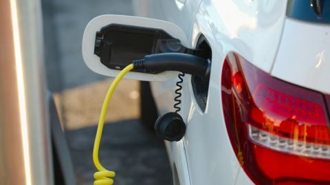 Indian Government Needs Concrete Steps to Promote Electric Vehicles