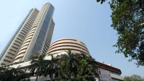 Indian Stocks Gain After Finance Minister's Statement
