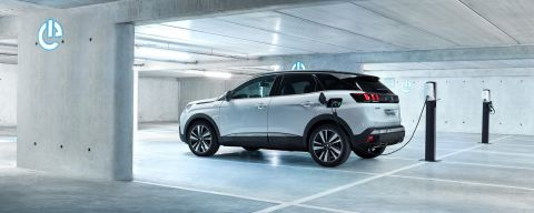 Peugeot starts accepting orders for Plug-in-Hybrid 3008 GT Hybrid4 in France