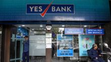 Yes Bank finally manages to trade positive after FPO-led price decline
