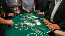 Playing Multideck Blackjack Games? Here are the Successful Strategies for Betting