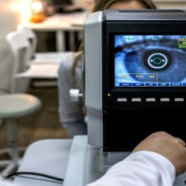 Why Regular Eye Tests are Vital for a Healthy Routine?