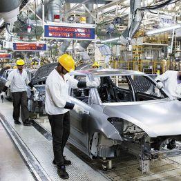 Ashwani Gujral: BUY TCS, Apollo Hospitals; SELL Bharti Airtel, JSW Steel and Maruti Suzuki
