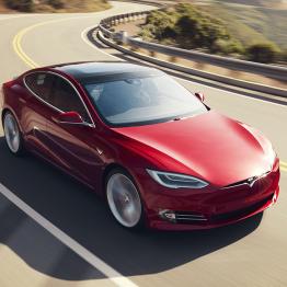 Tesla Model S with 'Plaid' drive sets new record on Laguna Seca Raceway