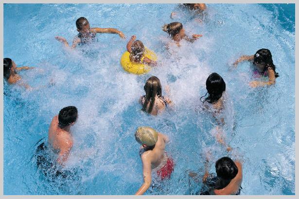 swimming-pool_0.jpg