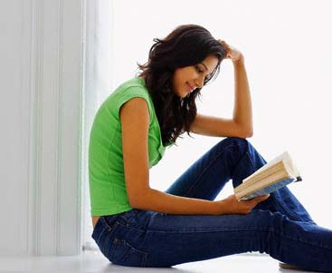 http://www.topnews.in/files/woman-reading-book.jpg