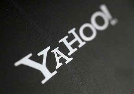 Yahoo improves its search engine