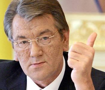 Ukraine's Yushchenko demands Poland ease border lorry delays