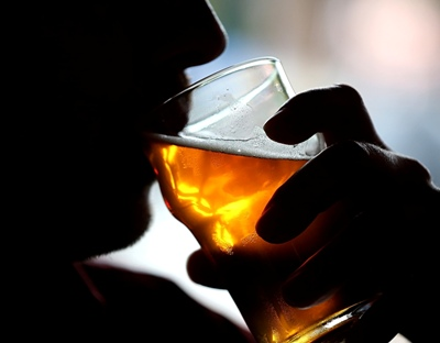 Two drinks a day keeps Alzheimer's death risk at bay