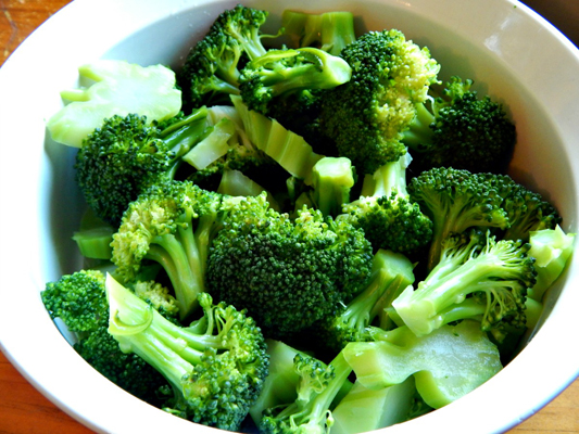 Eating celery, broccoli can improve treatment of breast cancer