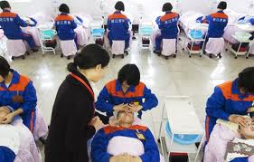 China to train 35,000 medical staff for disaster situations
