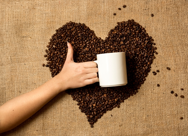 Daily coffee doesn't contribute to extra heartbeats