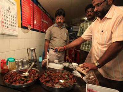 Food poisoning death puts Kerala eateries on mat