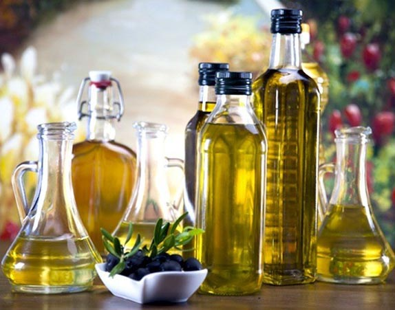 Enhance your beauty this festive season with these oils