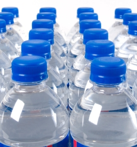 Plastic bottle drinks may raise cancer risk in womb