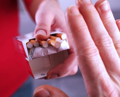 Help your husband quit smoking with 'persuasive' messages