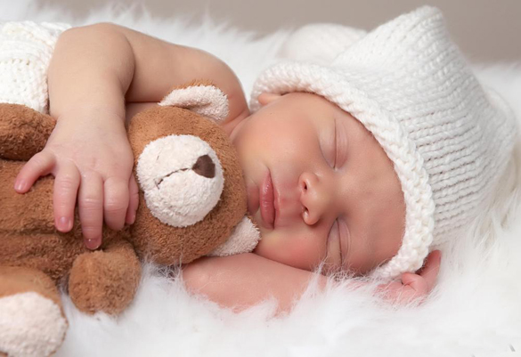 Sleeping with stuffed toys help children to read: Study