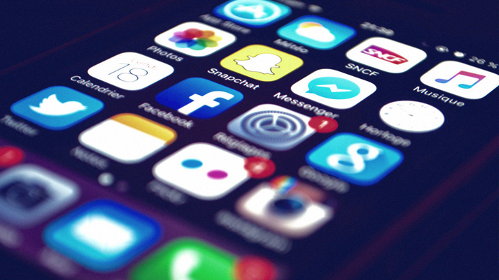 Higher use of Social Media can lead to brain imbalance, says Study