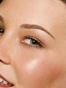 Shape eyebrows the right way