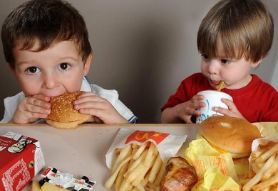Small changes in kids' fast food meal cut calories
