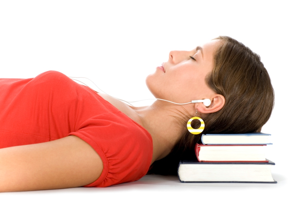 Sounds, smells help people learn while asleep