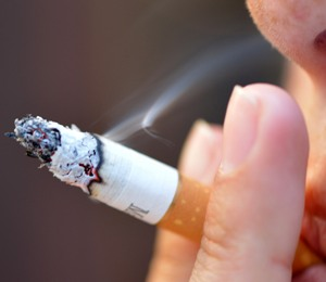 Smoking ups risk of dying in cancer patients