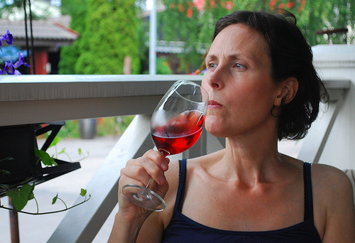 Moderate drinkers quarter less prone to Alzheimer''s, cognitive impairment