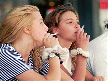 Teen girls who smoke 'are at greater obesity risk'