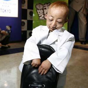 World's Smallest Body Builder « egosentrik