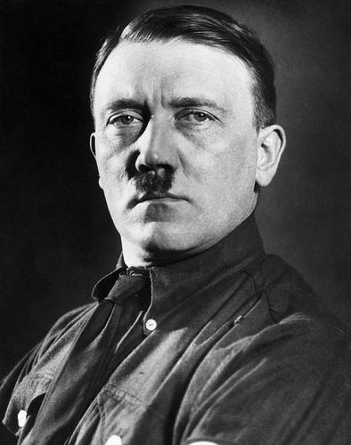 نبذة هتلر {الفوهرير}