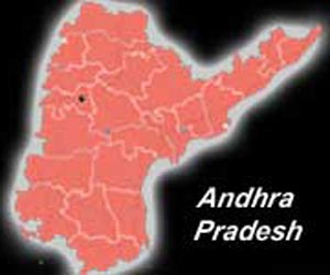 Maoists kill `police informer' in Andhra