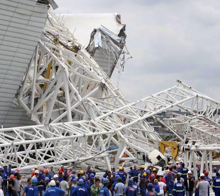Two killed in Brazil World Cup stadium accident