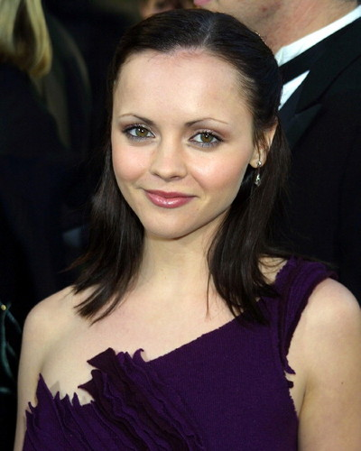 http://topnews.in/law/files/christina_ricci.jpg