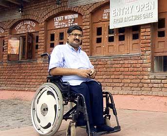 Shri. Javed Abidi (1965-2018)